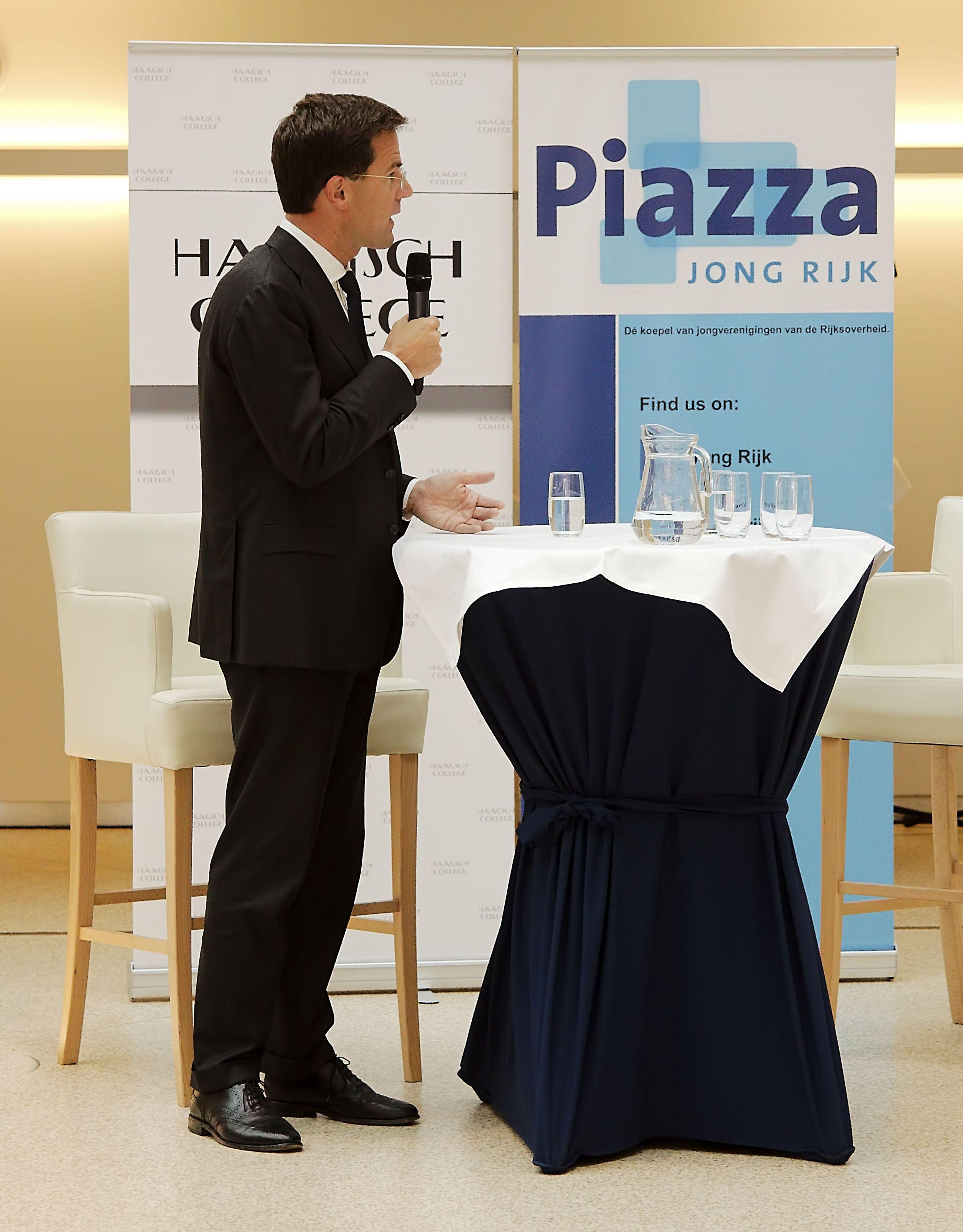Piazza_32